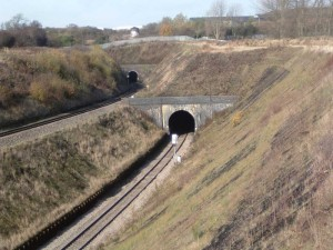 800px-Patchway_Tunnels2